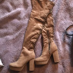 New without tags size 9 over knee boots